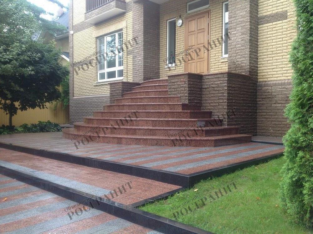 Гранитные ступени для входных групп зданий, домов, коттеджей