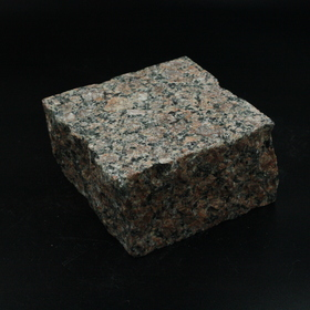 Корецкое брусчатка пилено-колотая т/о 10х10х5