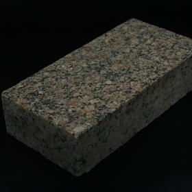 Корецкое брусчатка полнопиленая т/о 200х100х50